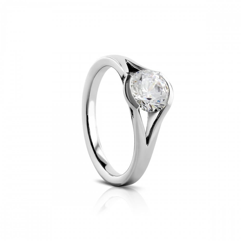 https://www.amidonjewelers.com/upload/product/R585-1(white).jpg
