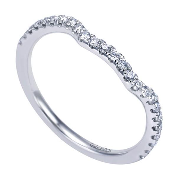 https://www.amidonjewelers.com/upload/product/gabriel-white-gold-contemporary-curved-wedding-band-amidon-jewelers-wb7544w44jj.jpg
