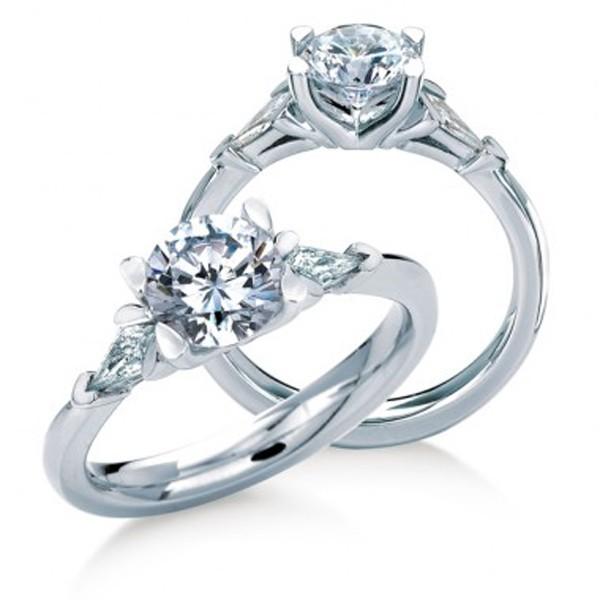 https://www.amidonjewelers.com/upload/product/maevona-gairsay-engagement-ring-white-gold-amidon-jewelers.jpg