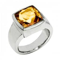 Sterling silver rose quartz ring