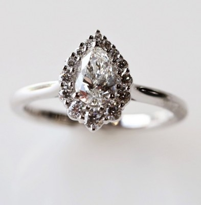 14Kw .76Cttw Pear Shape Halo Diamond Engagement Ring