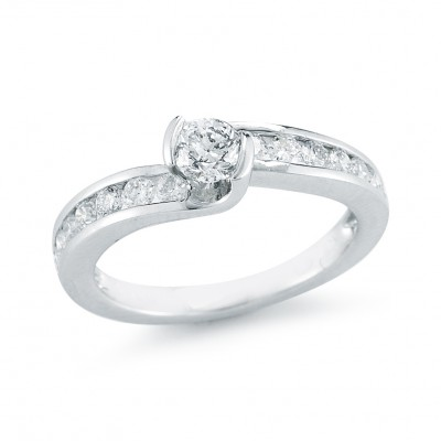 .91cttw Diamond Ring