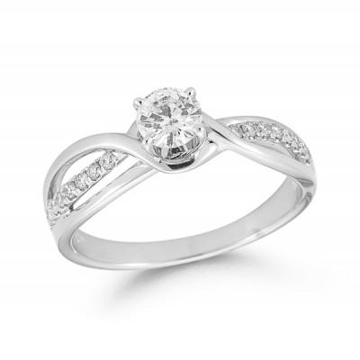 .35cttw Diamond Ring