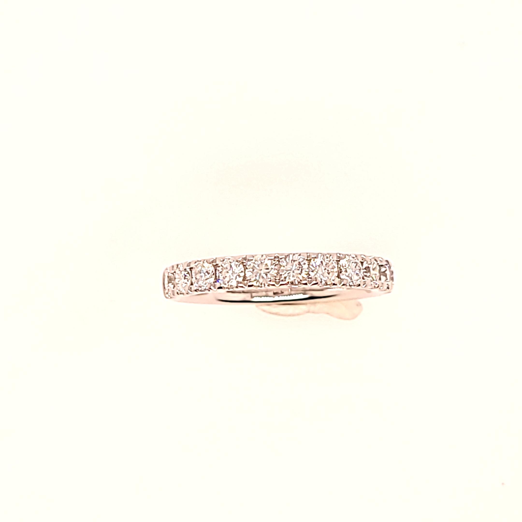 https://www.amidonjewelers.com/upload/product/ba1237ld22egi__2021-02-10-12-56-05.jpg